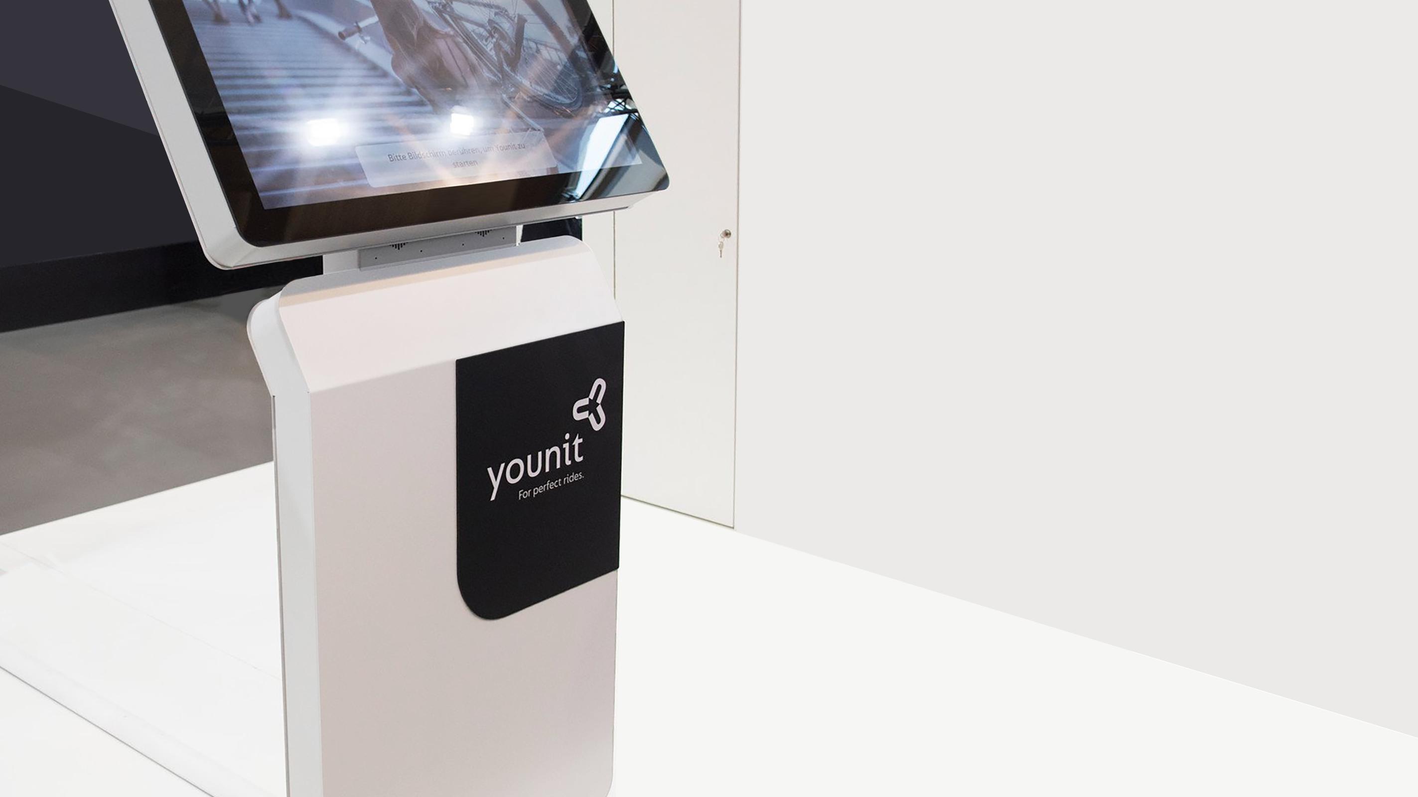 Younit Branding – Poarangan Brand Design9